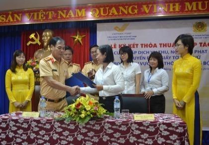 CSGT Đà Nẵng: Thu tiền phạt, trả giấy tờ vi phạm qua đường bưu điện