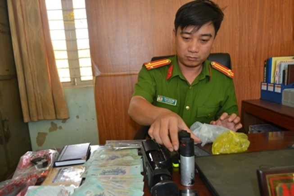 Băng nhóm giang hồ liên tỉnh bắt cóc con tin để tống tiền
