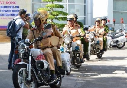 Lực lượng công an đồng loạt xuất quân xử lý 'ma men' vào giờ cao điểm
