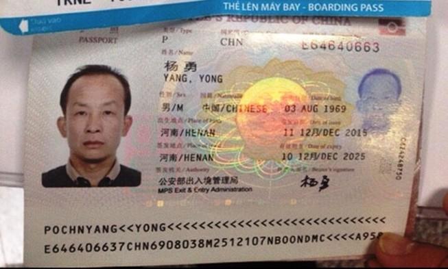 Lại phát hiện khách Trung Quốc chôm đồ trên máy bay