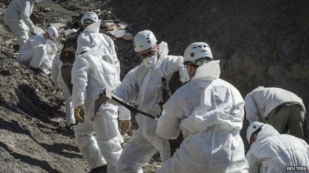 Chấm dứt tìm kiếm thi thể nạn nhân máy bay Germanwings