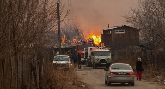 Cháy lớn ở Nga, 1000 ngôi nhà bị thiêu rụi