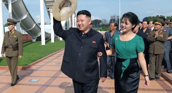 Đệ nhất Phu nhân Triều Tiên lần đầu xuất hiện trong năm