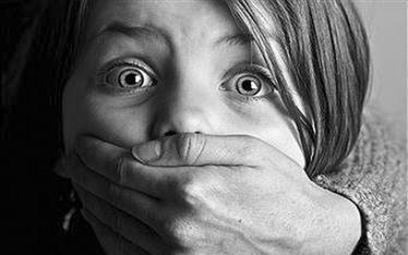 Bé gái 10 tuổi mang thai vì bị cha dượng hãm hiếp