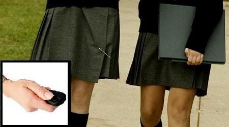 Quay lén dưới váy phụ nữ, du học sinh Việt Nam bị bắt tại Singapore