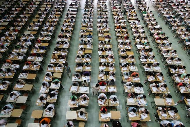 """""""Lạm phát"""" trường đại học ở Trung Quốc"""
