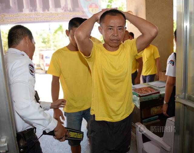 Philippines thả 9 ngư dân Trung Quốc đánh bắt trái phép