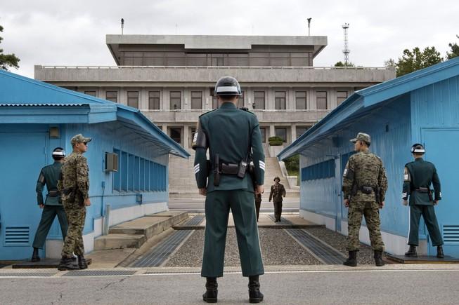 Lính trẻ Triều Tiên đào tẩu sang Hàn Quốc