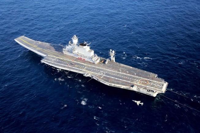 Ấn Độ mua 200 tàu chiến, giữ 'sân nhà' trước Trung Quốc