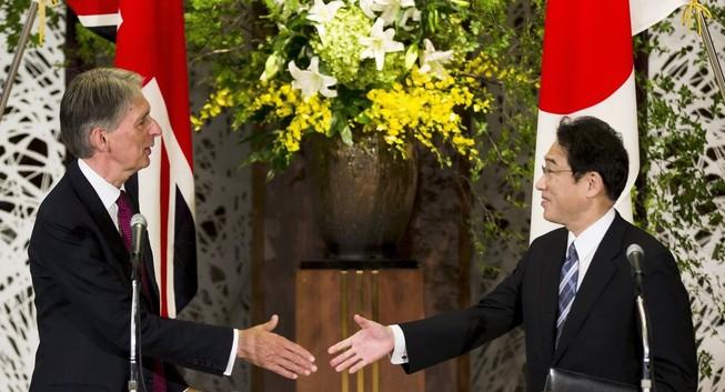 Anh - Nhật bắt tay đối phó Trung Quốc trên Biển Đông