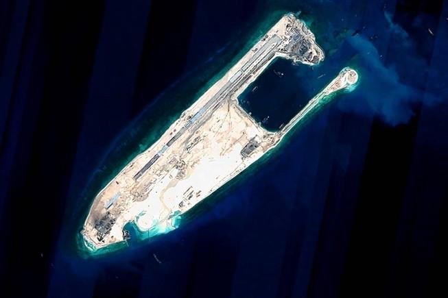 Lầu Năm Góc: Trung Quốc nói dối, tiếp tục 'cải tạo đất' ở Biển Đông