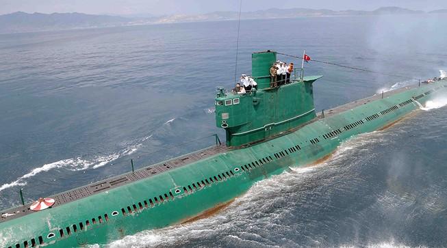 Triều Tiên 'triển khai tàu ngầm, tăng gấp đôi pháo binh'