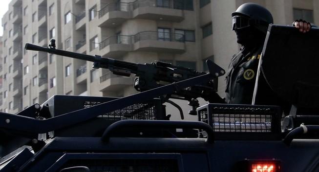 Cảnh sát Ai Cập bắn chết 12 khách du lịch