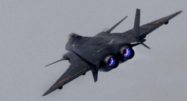 Trung Quốc 'cho ra lò' tên lửa không-đối-không thế hệ năm