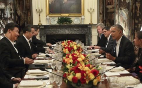 Lãnh đạo Mỹ - Trung dùng bữa tối bàn 'chuyện khó nói'