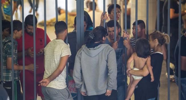 Chính quyền Đức buộc dân nhường nhà xã hội cho người tị nạn
