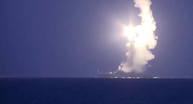 Vụ tên lửa Nga rơi tại Iran: Chính quyền Tehran lên tiếng