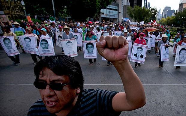 Phát hiện hố chôn tập thể hơn 100 người ở Mexico