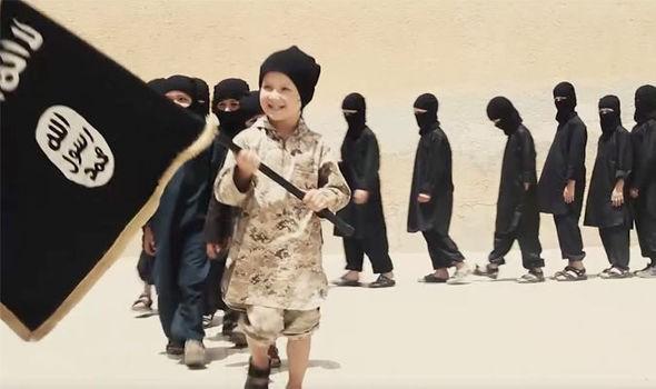 IS tung video ca ngợi trường học cho chiến binh thánh chiến nhí