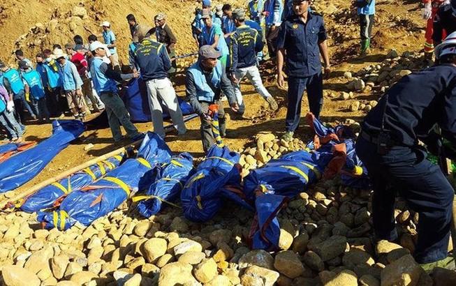 Gần 200 người bị chôn vùi tại mỏ ngọc thạch ở Myanmar