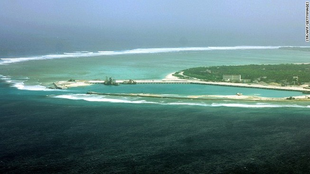 Tập đoàn Trung Quốc ngang ngược xây trạm tiếp dầu trên biển Đông