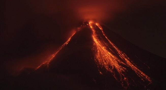 Siêu núi lửa Yellowstone đe dọa tính mạng hàng triệu người