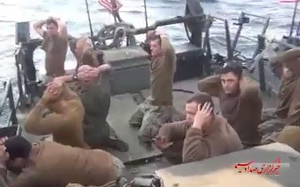 Tên lửa Iran đã sẵn sàng nhắm vào tàu chiến Mỹ