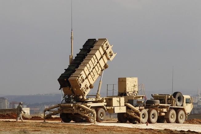 Ba Lan mua tên lửa phòng không Patriot của Mỹ