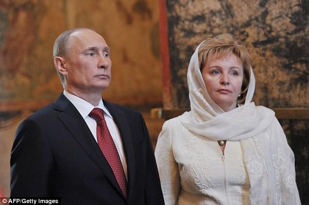 Vợ cũ Tổng thống Putin kết hôn với doanh nhân nhỏ hơn 21 tuổi