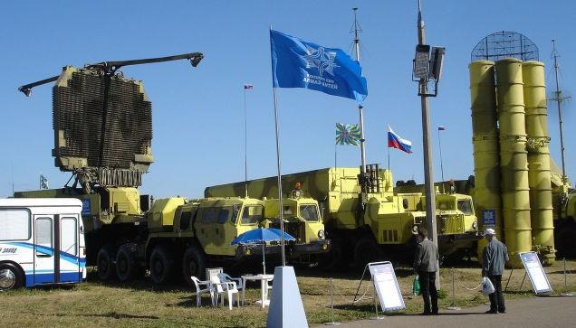 Iran tìm đến Nga để tăng cường sức mạnh quân sự
