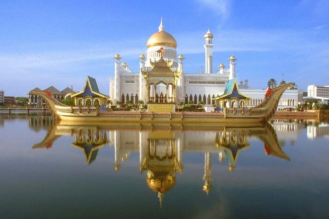 Kinh tế Brunei bên bờ khủng hoảng vì giá dầu rớt thảm