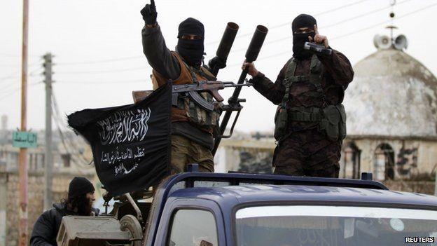 Phát hiện Thổ Nhĩ Kỳ tiếp đạn 'nuôi' khủng bố tại Syria