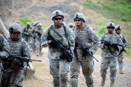 Philippines cho quân đội Mỹ đồn trú tại năm căn cứ