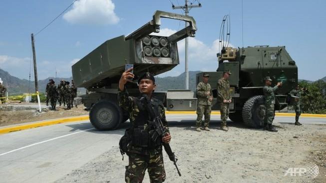 Mỹ bắn tên lửa 'khủng' trong cuộc tập trận gần biển Đông