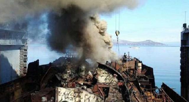 Tàu ngầm hạt nhân vùng Viễn Đông Nga bốc cháy
