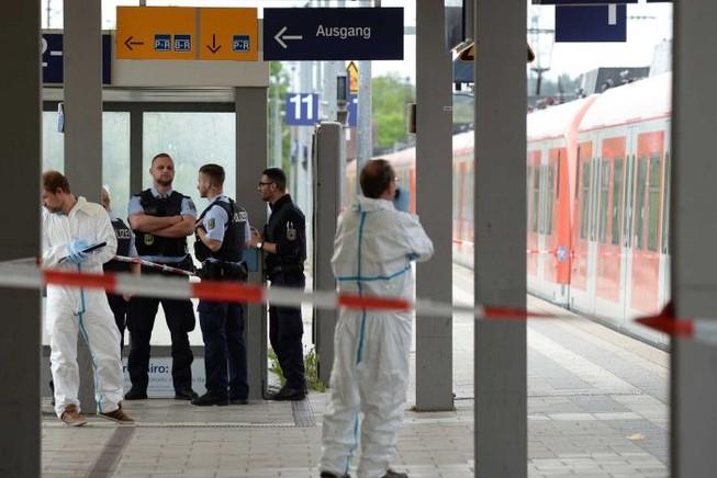 Tấn công bằng dao tại Đức, một nạn nhân thiệt mạng