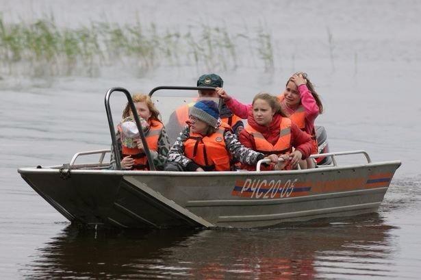Thuyền lật tại trại hè Nga, 15 trẻ chết đuối