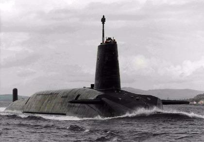 Nữ thủ tướng Anh sẵn sàng khai hỏa tên lửa hạt nhân