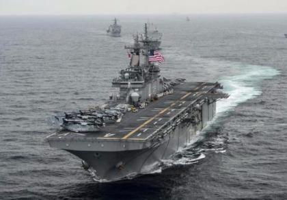 Đến Trung Quốc, tư lệnh Mỹ tuyên bố tiếp tục tuần tra biển Đông