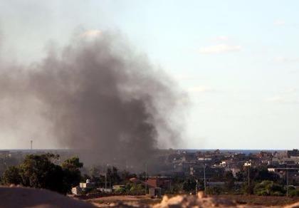 Máy bay Mỹ dập tơi tả căn cứ IS tại Lybia