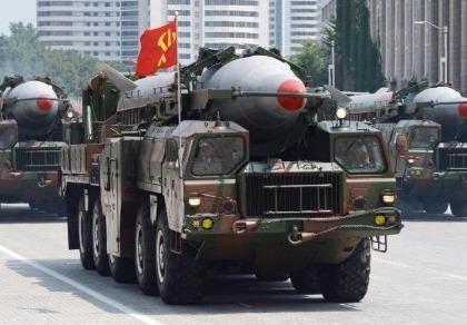 Nhật Bản nổi giận vì tên lửa Triều Tiên rơi chỉ cách bờ biển 250 km