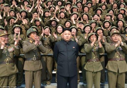 Kim Jong-un bất ngờ kêu gọi quân đội chuẩn bị chiến đấu