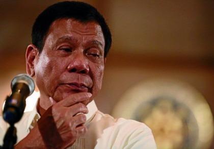 Tổng thống Philippines cảnh cáo đóng cửa Quốc hội