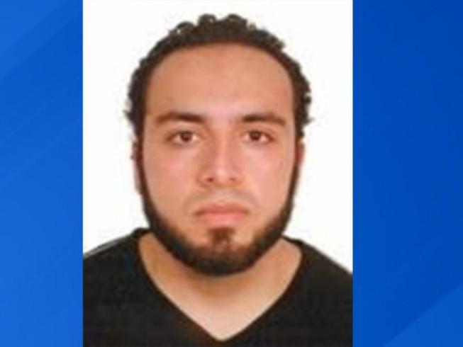 FBI công bố hình ảnh của kẻ đánh bom New York