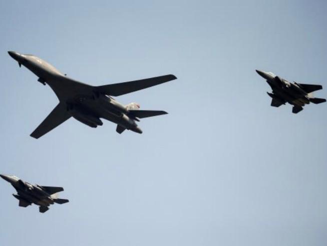Máy bay ném bom Mỹ lại bay qua bán đảo Triều Tiên