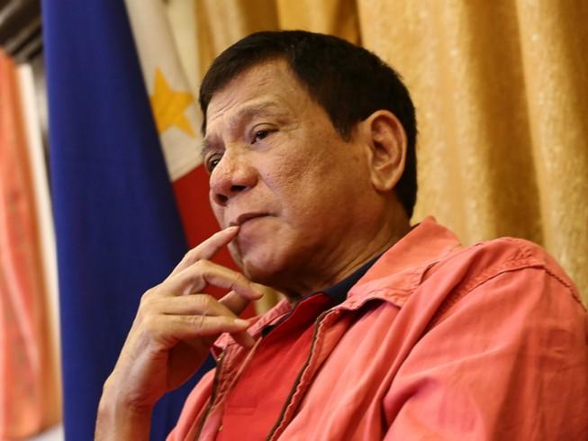 Ông Duterte: Tôi có thể là tổng thống đầu tiên tự tử
