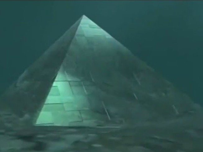 Kim tự tháp ngoài hành tinh trong Tam giác quỷ Bermuda?