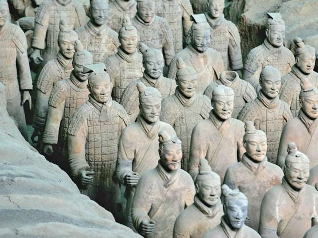 Đội quân đất nung ở Trung Quốc là của người Hy Lạp?