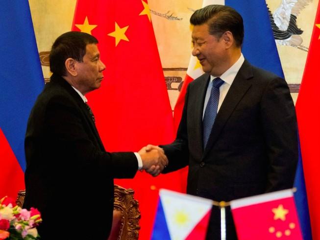 'Trung Quốc và Philippines như anh em chung dòng máu'