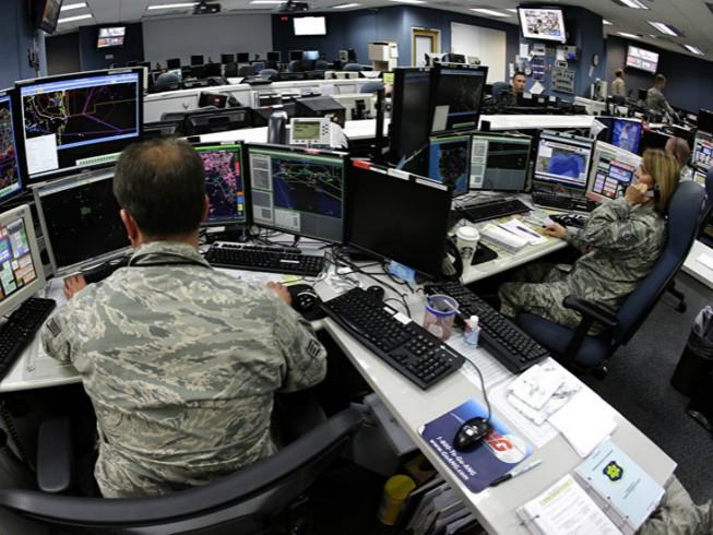 Mỹ cảnh báo quân đội không sử dụng máy tính Trung Quốc